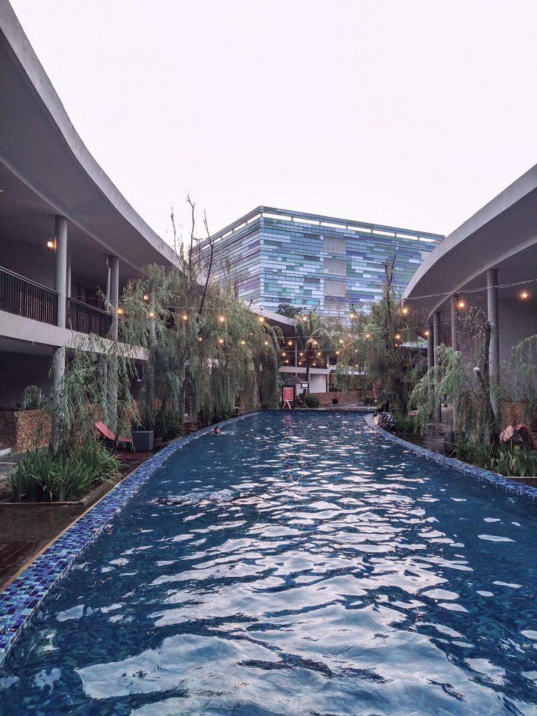 Hotel Neo+ Green Savana Sentul